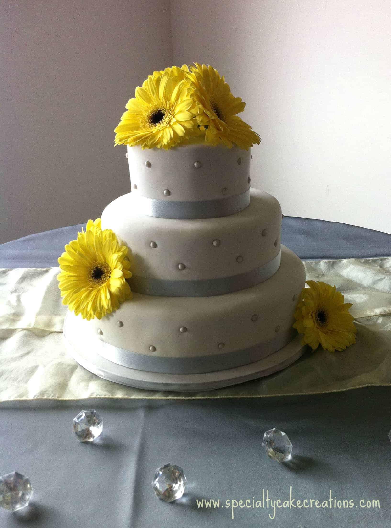 Yellow Gerber Wedding Cake ~ 141838_Yellow Cake Decoration Ideas
