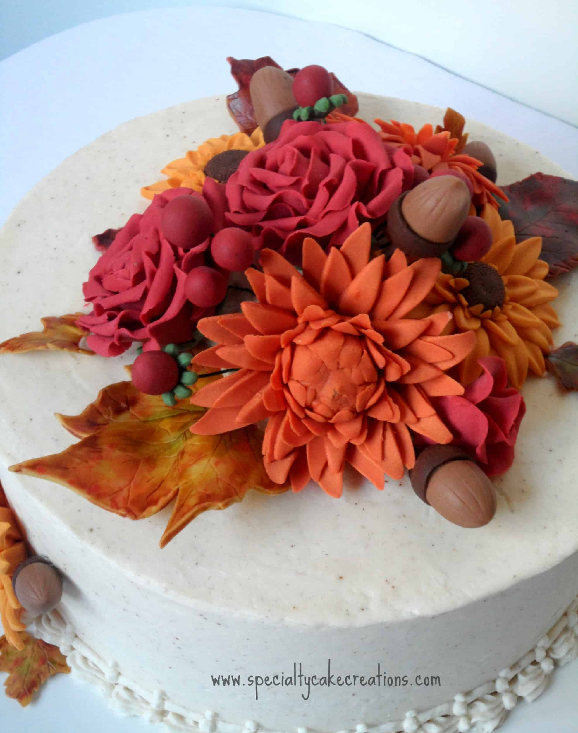 Fall flowers anniversary cake for Autumn cake decoration