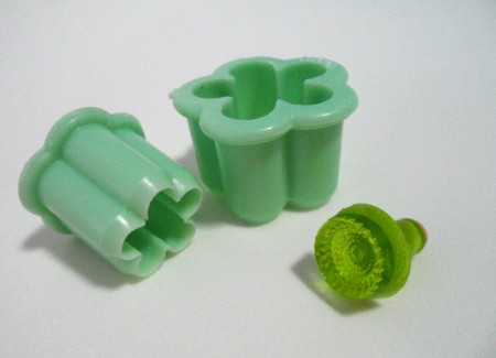 Green Flower-shaped Cutters