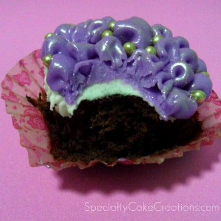 Inside of Tufted Billow Cupcake