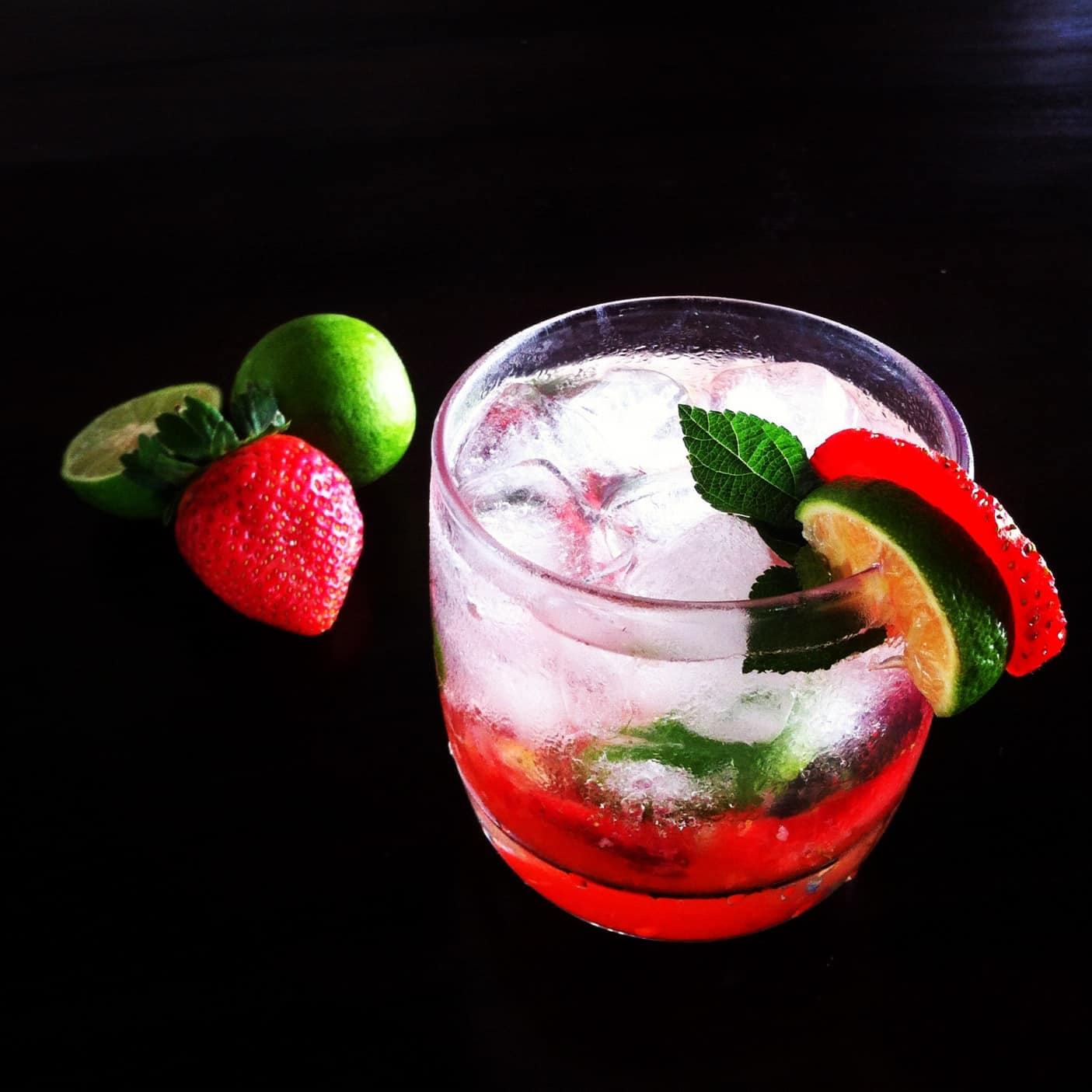 Strawberry Mojito | leelalicious.com