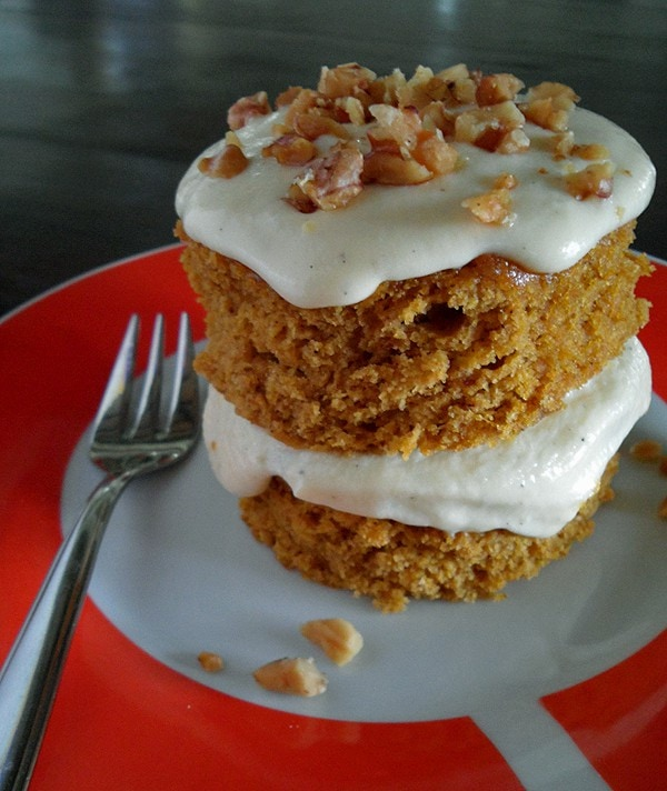Vanilla Cake Mix Pumpkin Puree: Easy Pumpkin Cake Recipe » LeelaLicious