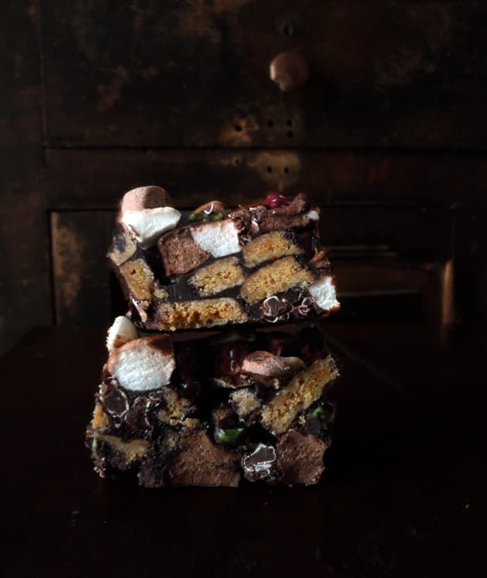 Literally Rocky Road Bars from leelalicious.com #nobake #chocolate