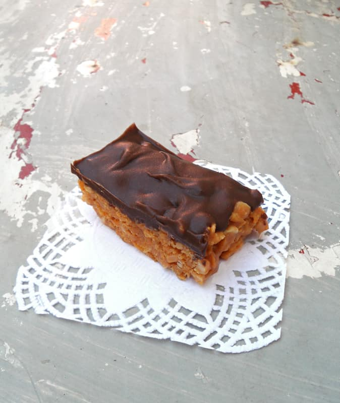 Single Chocolate Peanut Butter Bar