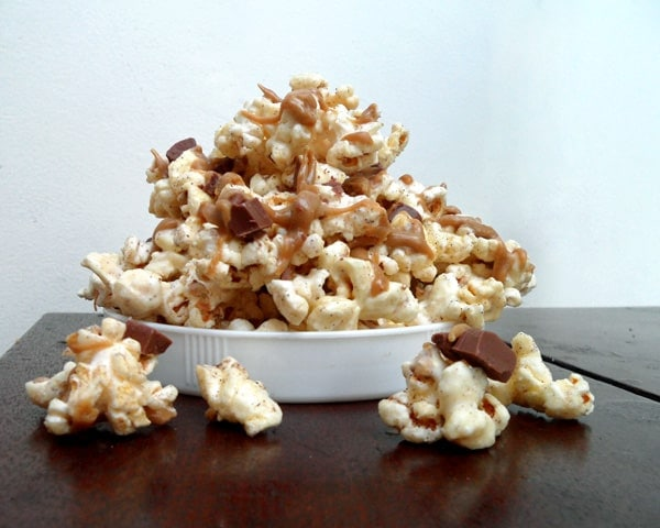 Mocha Popcorn Munch from @specialtycake with @Starbucks Via Ready Brew Mocha