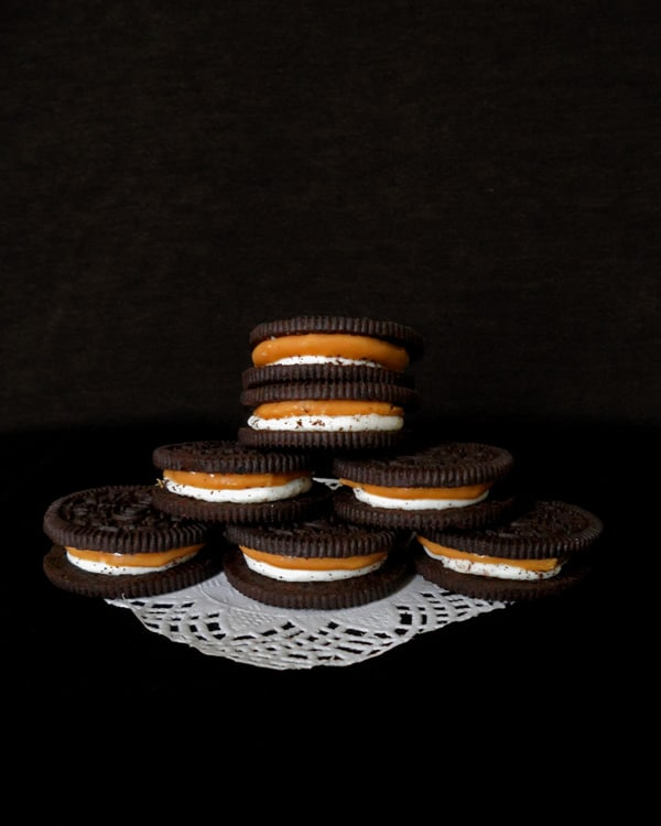 Chocolate Cookies with Cream and Caramel