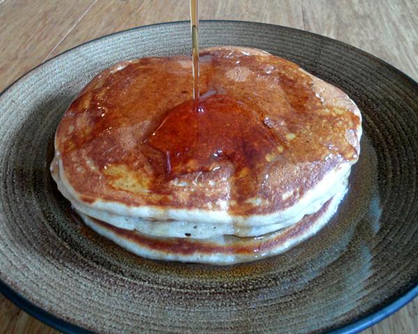 Whole Wheat Pancakes with Greek Yogurt   leelalicious.com