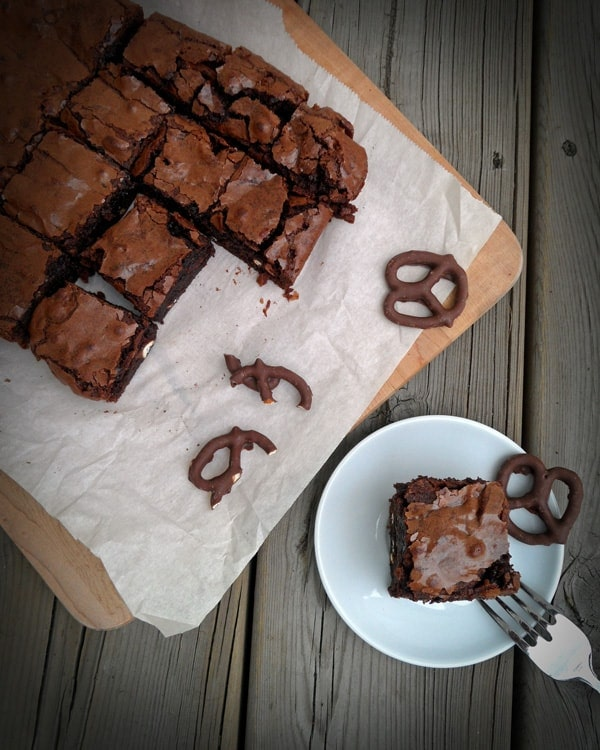 Fudge Pretzel Brownies - a genius sweet and salty combination inside perfect gooey brownies | SpecialtyCakeCreations