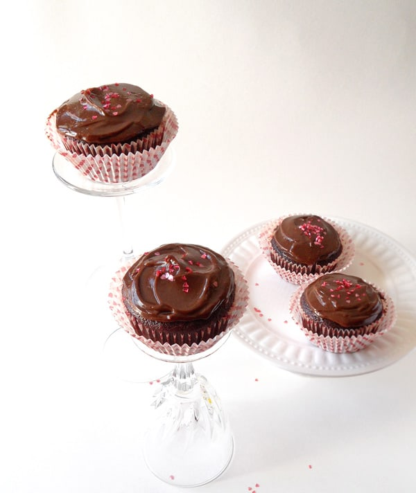 Vegan Chocolate Cupcakes with healthy Chocolate Espresso Frosting + Vegan Dessert Cookbook Giveaway | leelalicious.com