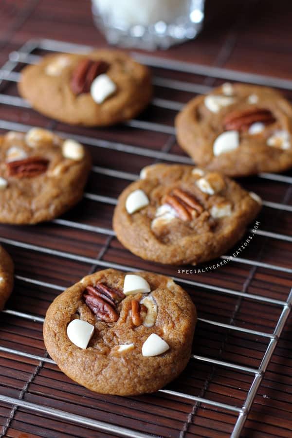 Cooling Pumpkin White Chocolate Cookies