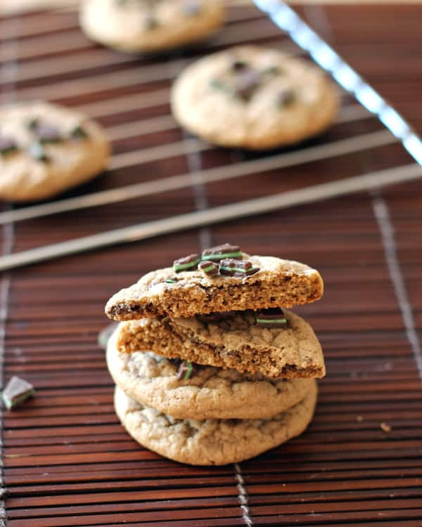 Cookies with Chocolate and Mint