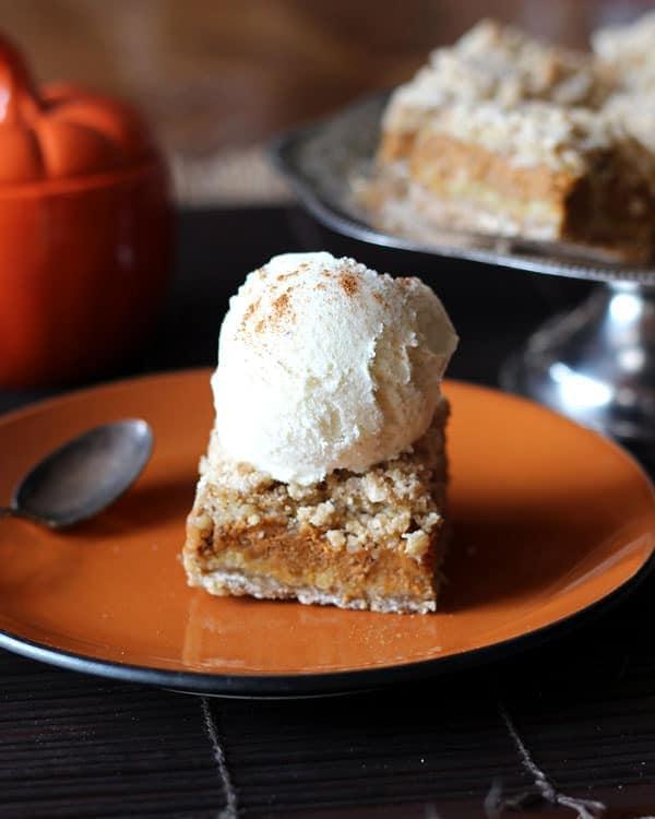 Pumpkin Pie Crumble Bars   leelalicious.com
