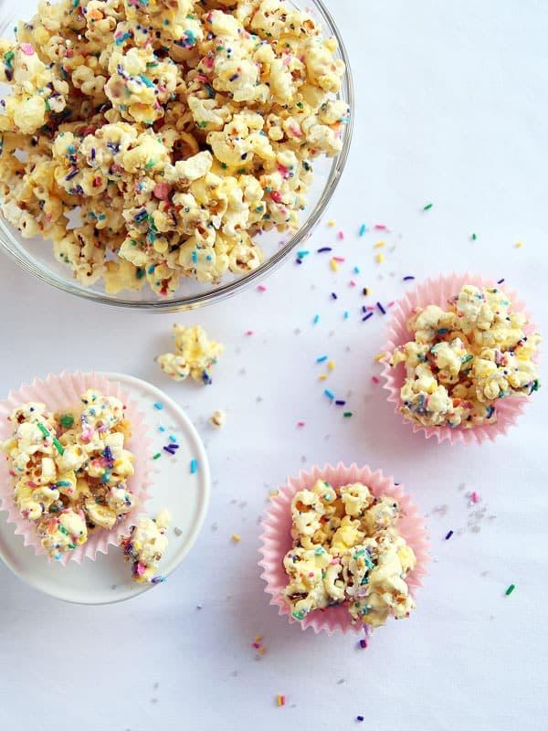 Sparkling Funfetti Popcorn Munch