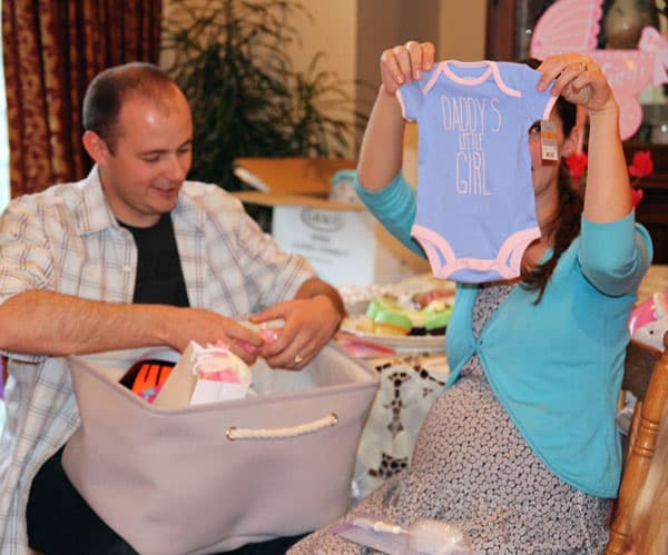 Baby-Shower-Onesie