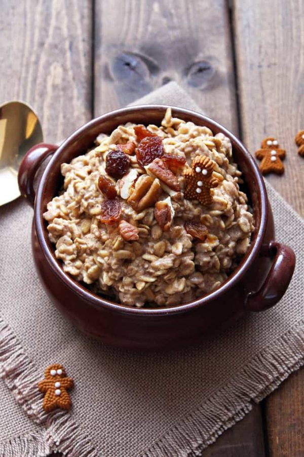 Overnight Gingerbread Oatmeal