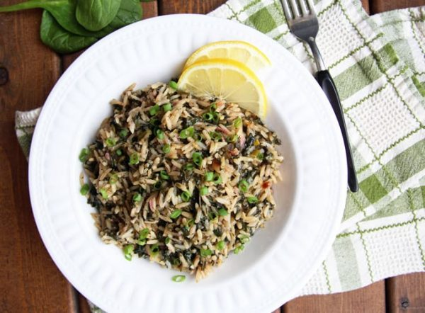 Spanakorizo - Greek Spinach Rice Lemon