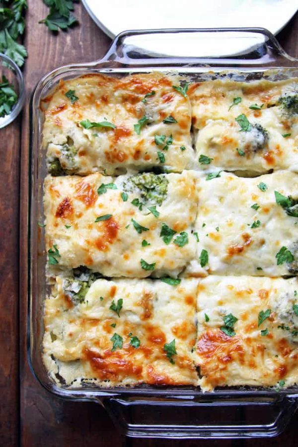 Baked Tortellini Cut into Squares