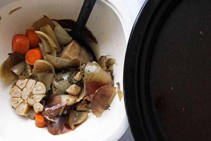 Slow Cooked Chicken Broth