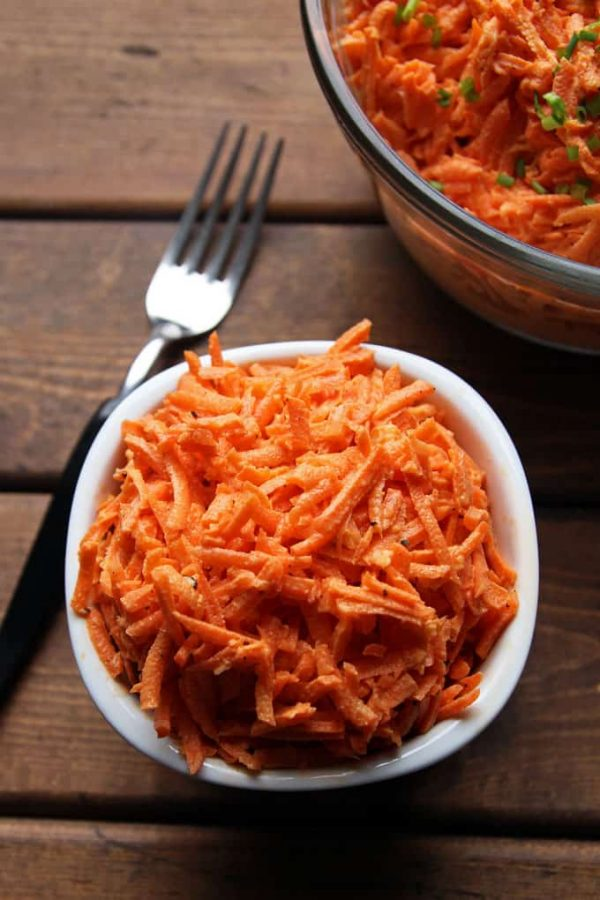 Creamy Garlicky Carrot Salad