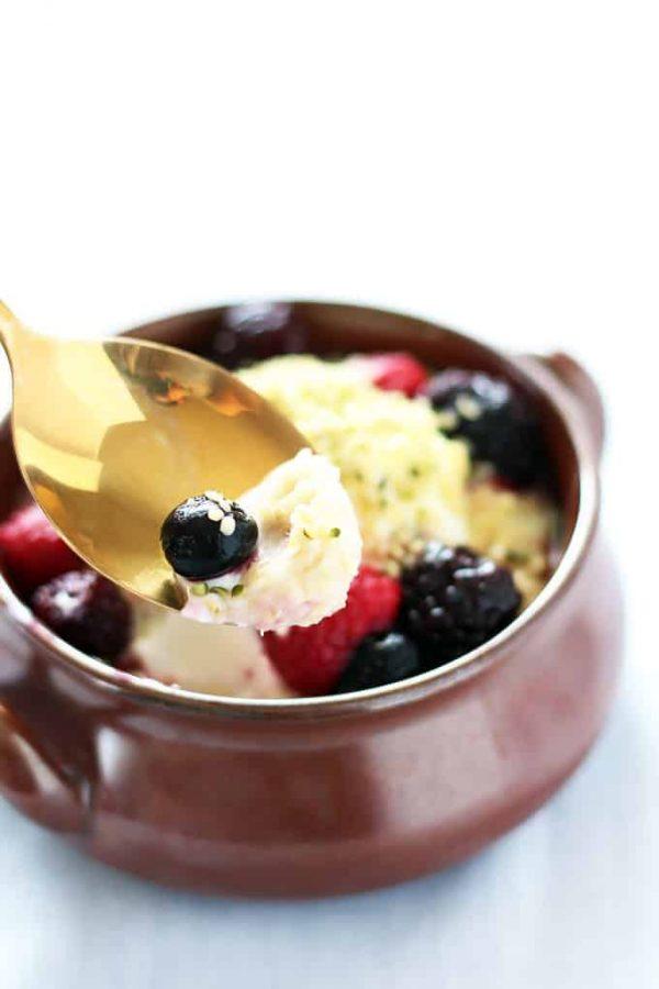 Quinoa Flakes Porridge Spoonful