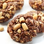 No-Bake Peanut Butter Chocolate Oat Cookies VIDEO