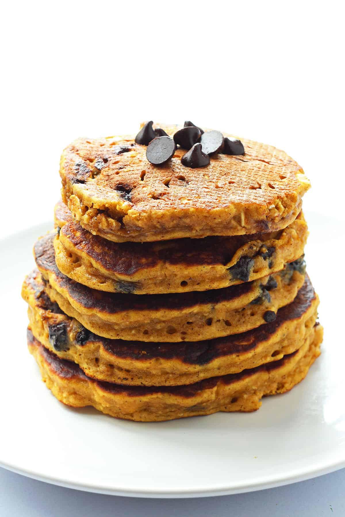 Pumpkin Oatmeal Pancakes with Chocolate