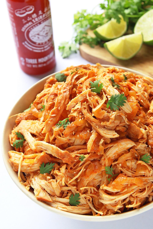 Slow Cooker Shredded Sriracha Chicken