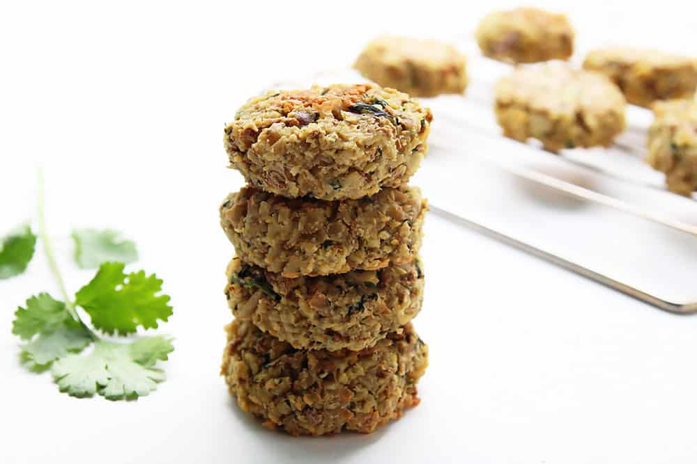 This Baked Falafel Appetizer with garlicky Tzatziki provides an extra fibre boost with added #AllBran Cereal. A convenient finger food to serve your guests, that is also healthy and nutritious.
