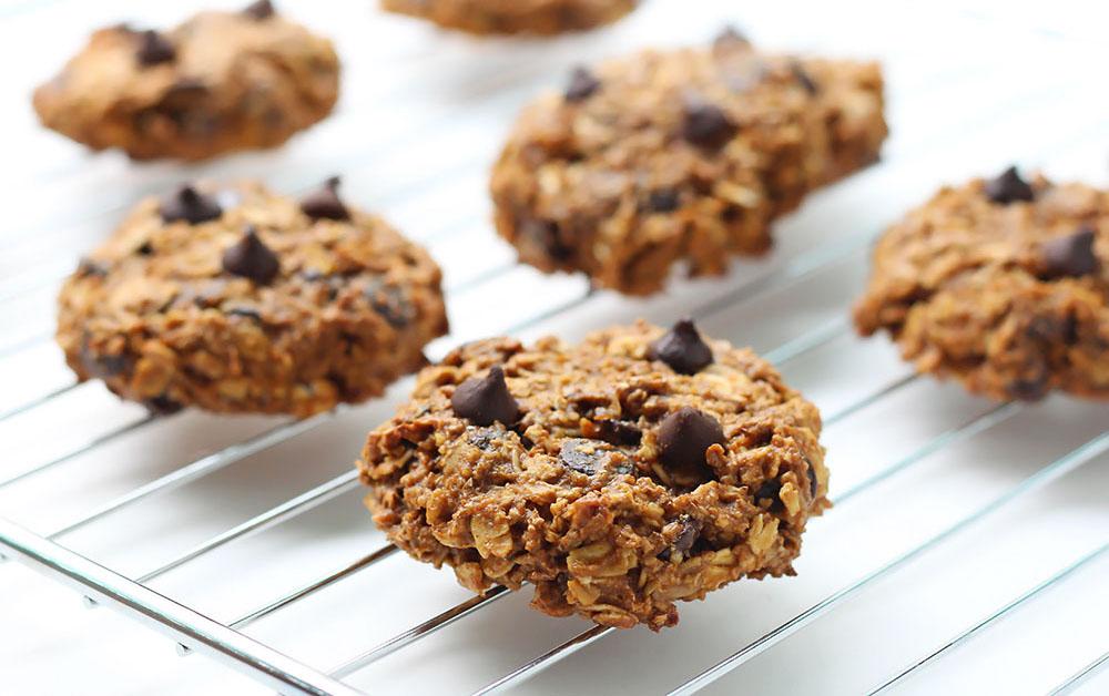 Pumpkin Oatmeal Cookies with Chocolate