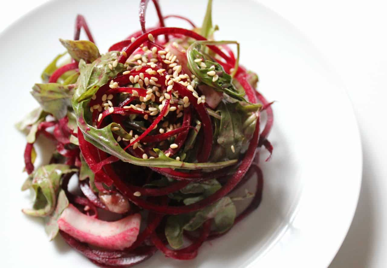 raw-balsamic-tahini-beet-noodles-1