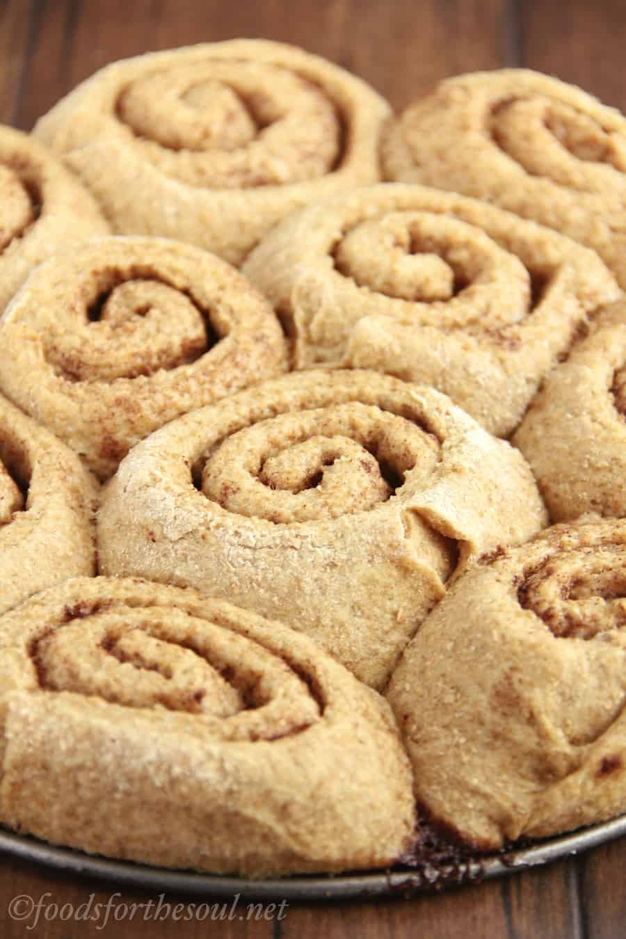 clean-maple-cinnamon-rolls