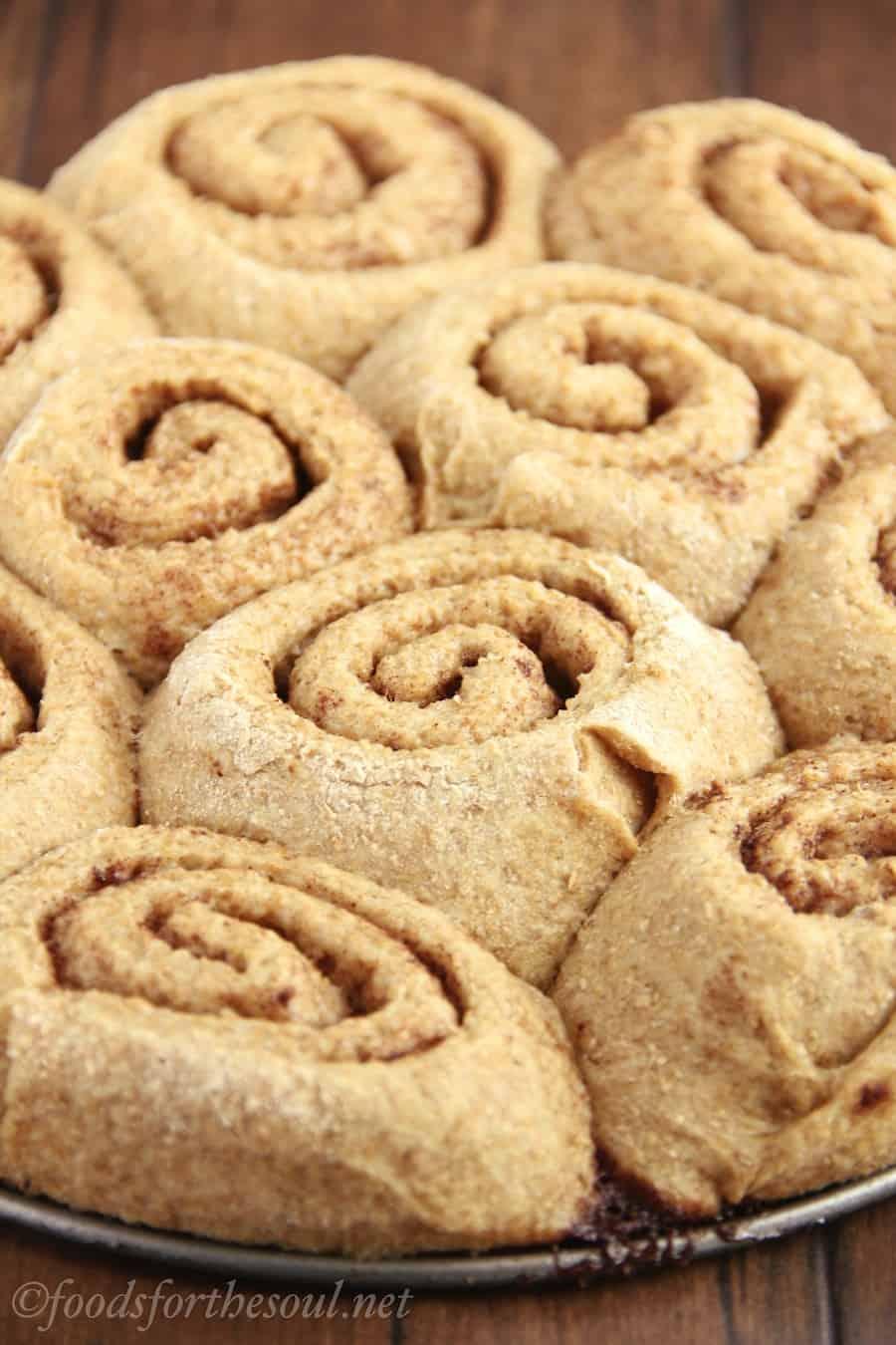 clean-maple-cinnamon-rolls