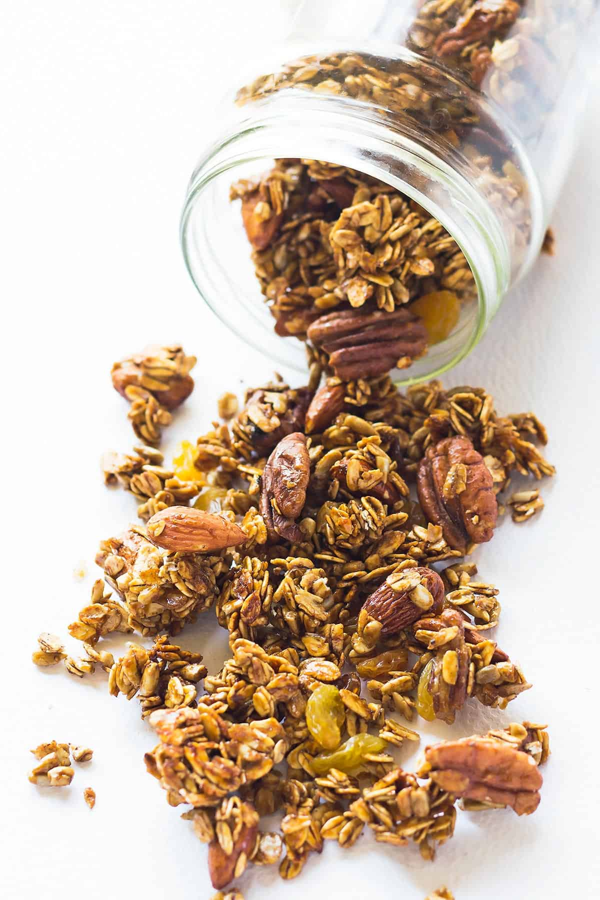 Gingerbread Clean Eating Granola in a Jar