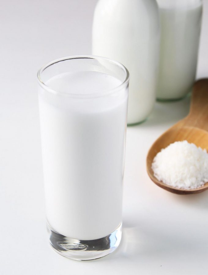 Tutorial for how to make coconut milk