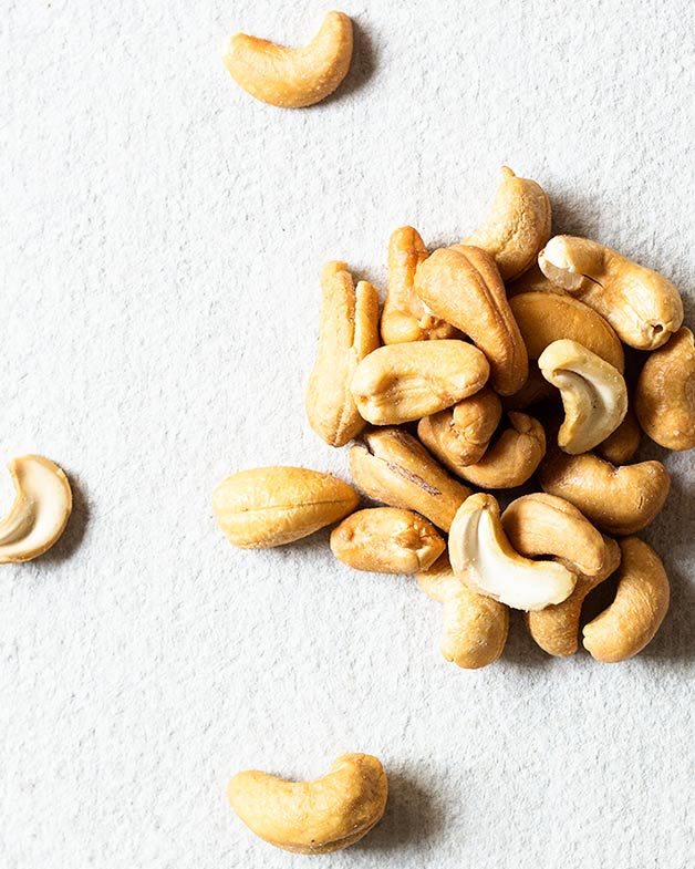Roasted cashews for cashew butter