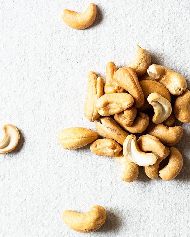 Roasted cashews for cashew butter