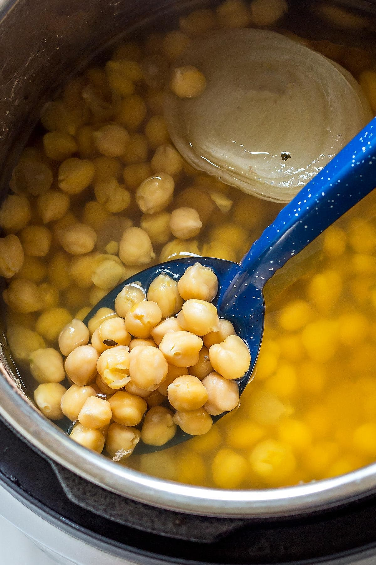 Cooked Chickpeas in Instant Pot