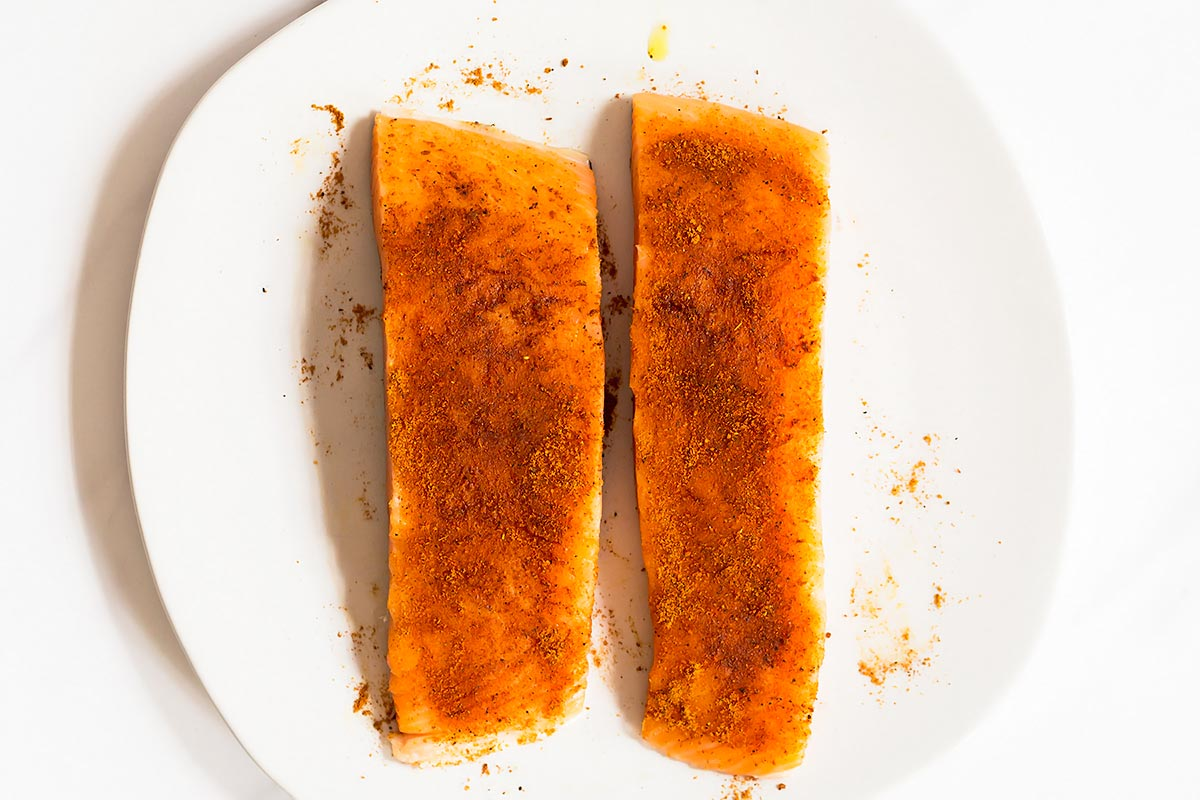 Tandoori seasoned salmon fillets
