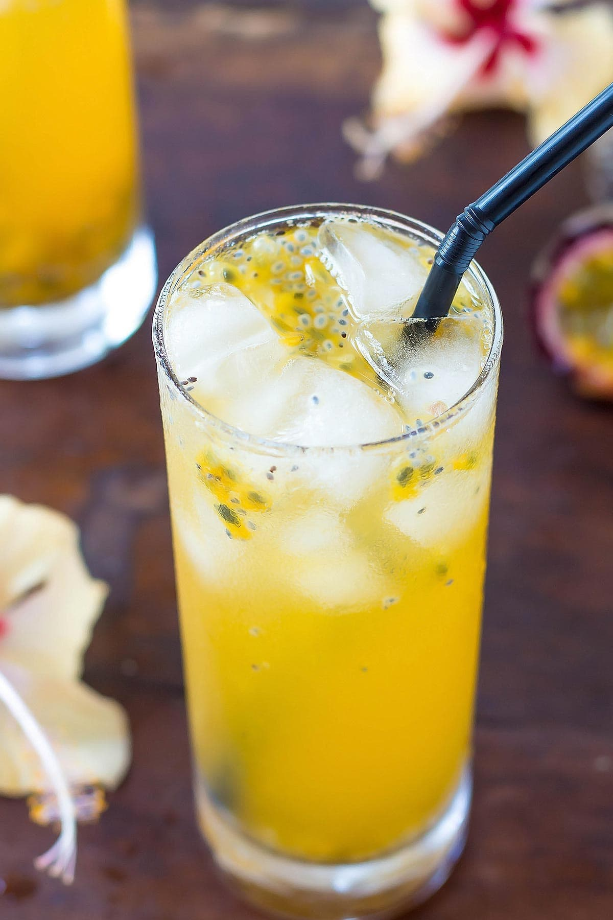 Maracuja Lemonade in Glass