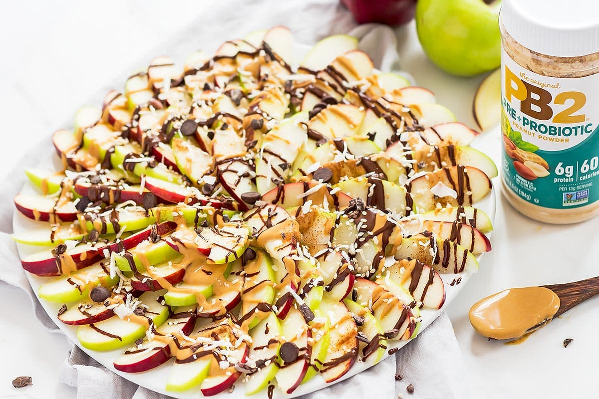 Apple Nachos with chocolate and peanut butter