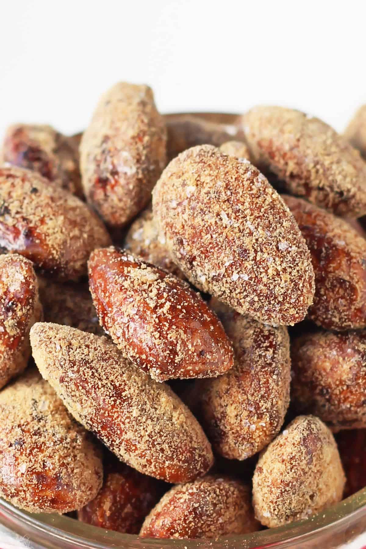 Closeup Gingerbread Roasted Almonds