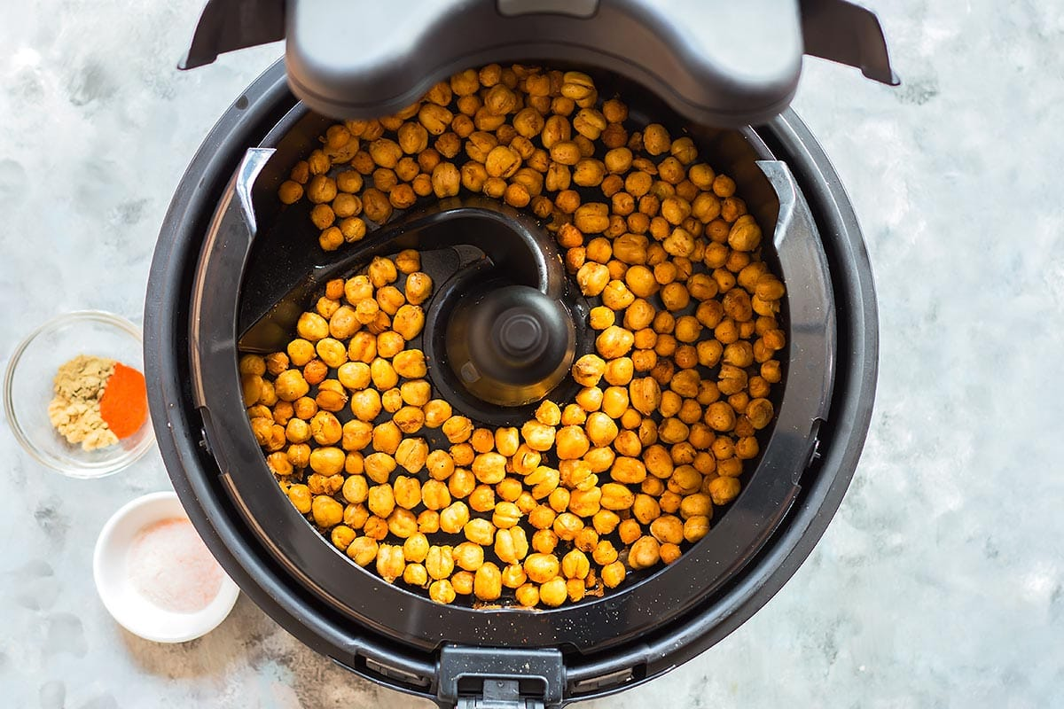 Crunchy Air Fryer Chickpeas