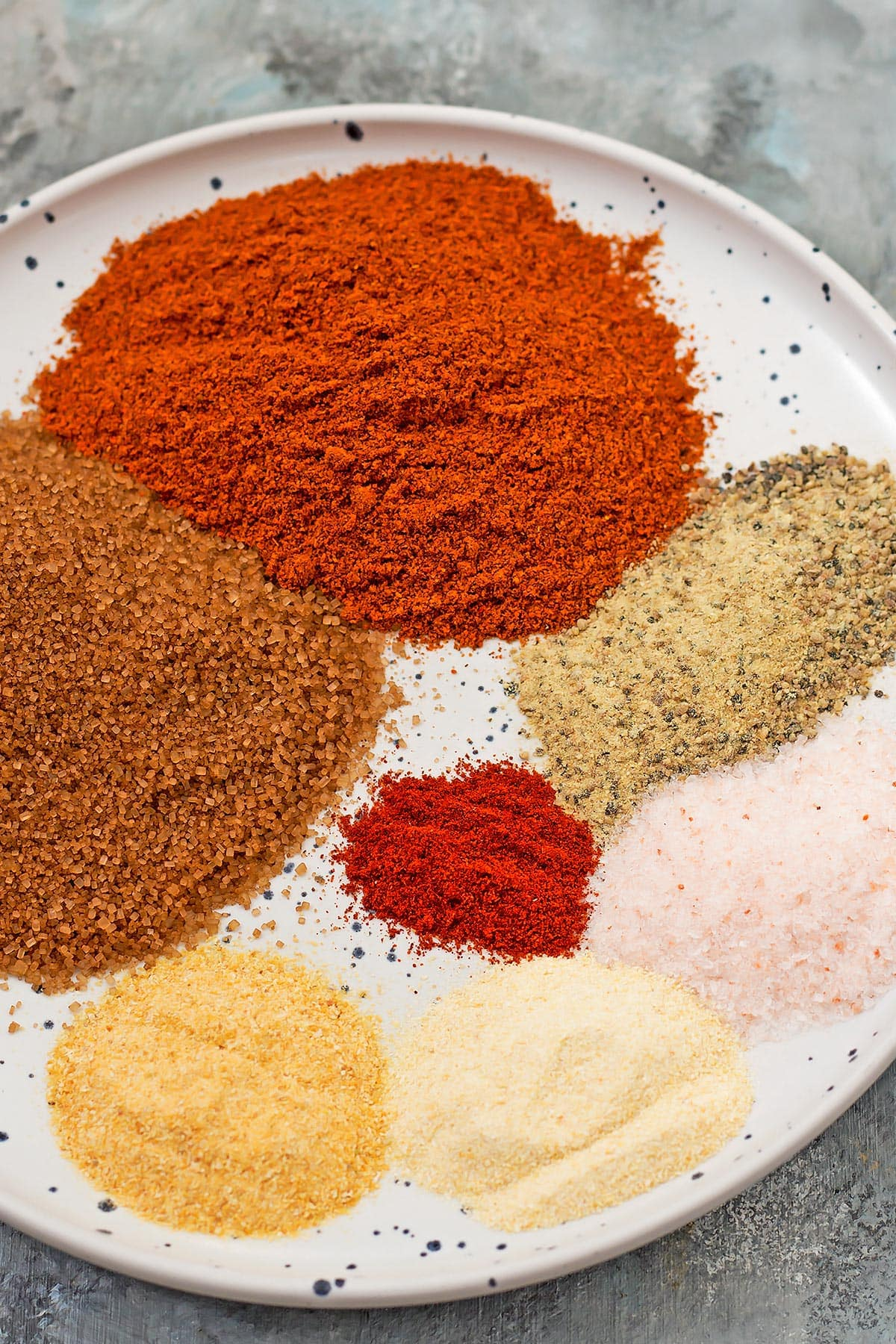 Best Dry Rub for Ribs Ingredients on plate